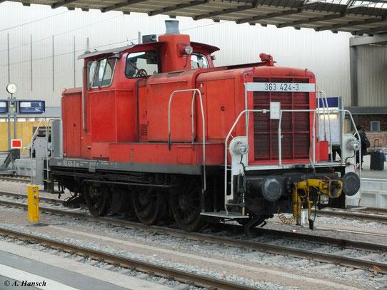 Am 29. Dezember 2012 steht 363 424-3 in Chemnitz Hbf.
