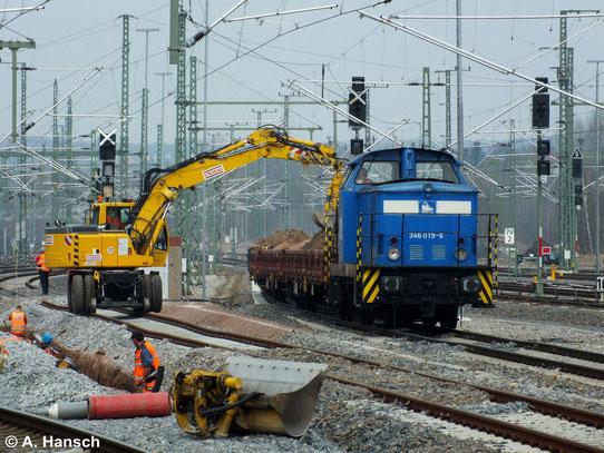 Über 3 Jahre später ist die Maschine wieder in Chemnitz Hbf. bei der Arbeit zu sehen (31. März 2014)