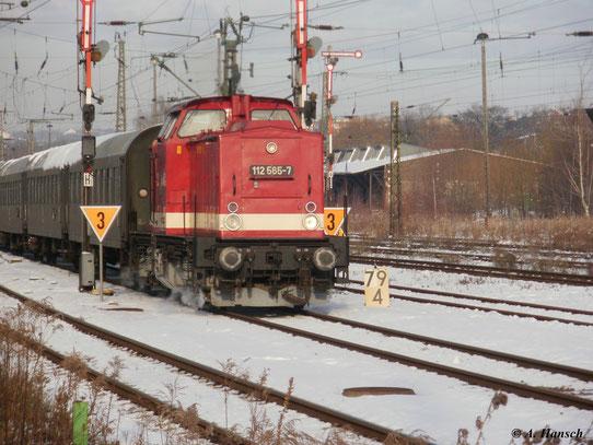 Am 28. November 2010 fuhr ein Sonderzug von Chemnitz nach Cranzahl. Der Zug fährt gerade in den Chemnitzer Hbf. ein