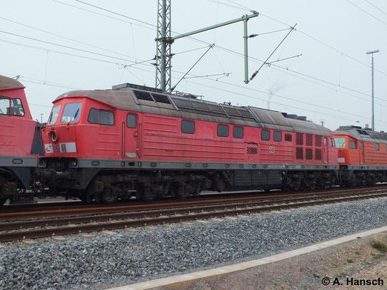 """232 519-9 ist eine von 5 """"Ludmillas"""" die am 31. März 2014 von Saalfeld (Saale) ins AW Chemnitz überführt wurden. Hier steht die Fuhre in Chemnitz Hbf."""