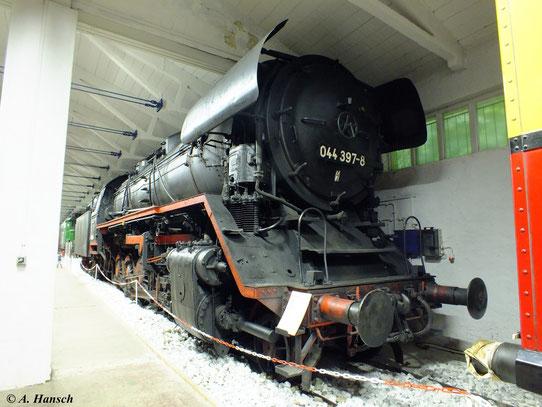 Im Fahrzeugmuseum Prora auf Rügen steht 44 397-8 (dort fälschlicherweise als 044 bezeichnet). Die Lok wurde aus ihrem letzten Dienst heraus ins Museum übergeben und ist deshalb nach wie vor betriebsfähig