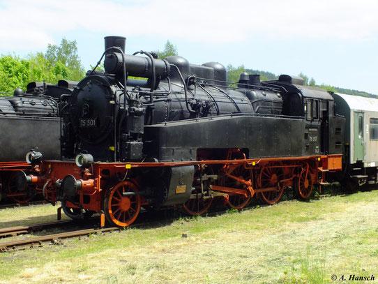 75 501 ist eine der beiden erhaltenen Exemplare der Sächsischen XIV HT, hier zu sehen am 19. Mai 2012 im Bw Schwarzenberg