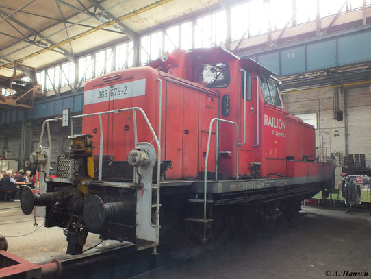 Am 1. September 2012 steht 363 679-2 im Ausbesserungswerk Meiningen