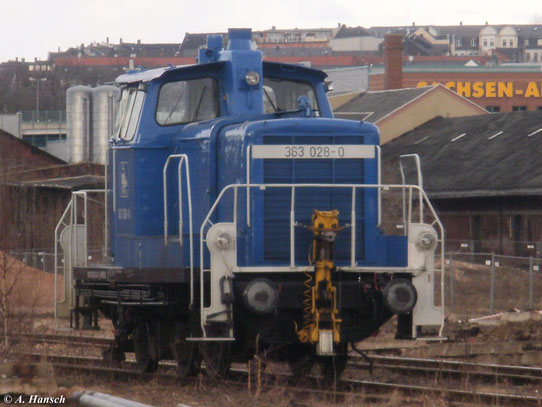 363 043-1 (363 028-0 der PRESS) steht am 6. März 2011 auf einem inzwischen abgerissenen Nebengleis in Chemnitz Hbf.