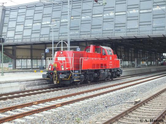 261 026-9 durchfährt Lz den Chemnitzer Hauptbahnhof (26. September 2013)