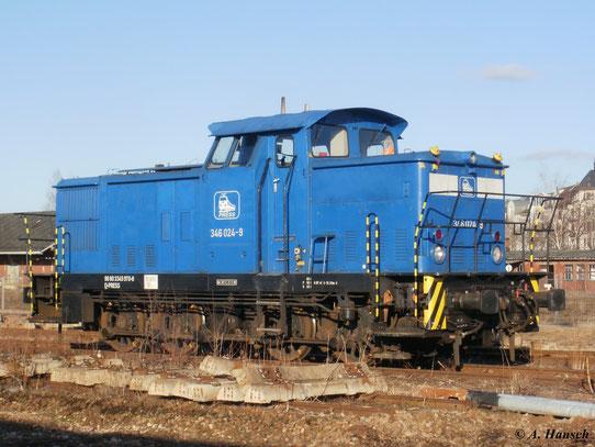 Im Rahmen der Bauphase stand 346 024-9 (345 970-8) der PRESS auf einem Nebengleis in Chemnitz Hbf. (19. März 2011)