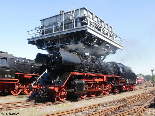 Am 21. August 2010, zum 20. Heizhausfest des SEM Chemnitz steht 41 1144-9 unter dem Kohlehochbunker