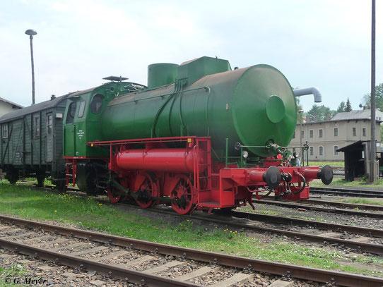 Zum Eisenbahnfest im Bw Nossen war diese Dampfspeicherlok zu sehen (5. Mai 2012)