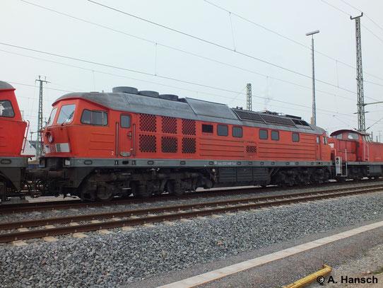 """232 448-1 ist eine von 5 """"Ludmillas"""" die am 31. März 2014 von Saalfeld (Saale) ins AW Chemnitz überführt wurden. Hier steht die Fuhre in Chemnitz Hbf."""