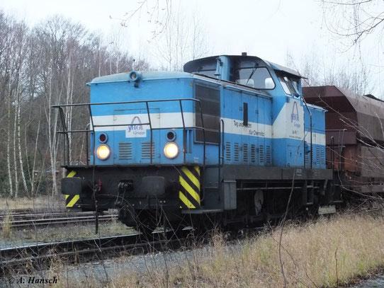 Die Stadtwerke Chemnitz haben zwei Loks der BR V60 im Bestand. Lok 1 bringt gerade neue Kohle ins Heizkraftwerk (1. Januar 2012, Güterabfertigung Küchwald Chemnitz)