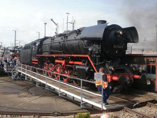 Zum 3. Dresdner Dampfloktreffen ist am 2. April 2011 44 2546-8 im Bw Dresden Altstadt zu Gast