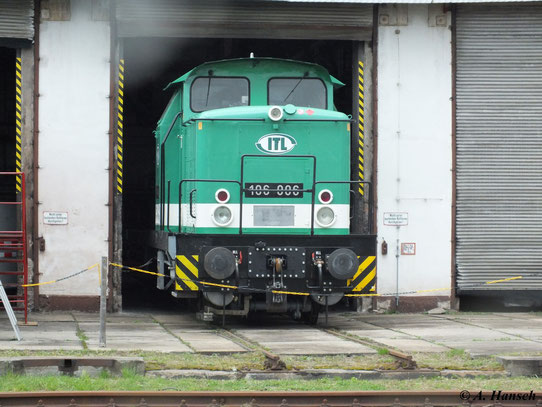 Zum 4. Dresdner Dampfloktreffen im Bw Dresden Altstadt war 106 006 (345 282-8) der ITL Eisenbahn GmbH zu sehen (31. März 2012)