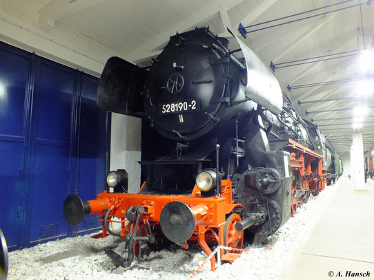 Im Fahrzeugmuseum Prora konnte ich am 6. August 2012 52 8190-2 fotografieren