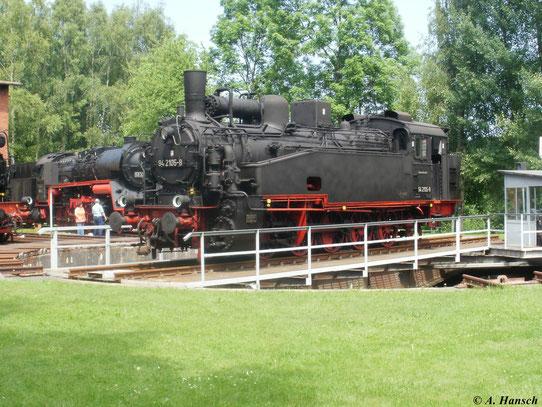Besonders populär wurden die Sächsischen XI HT durch ihren Einsatz auf der Steilstrecke Eibenstock. Auch 94 2105-8 kam dort zum Einsatz