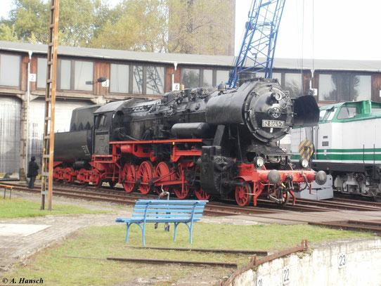 52 8041-7 am 9. Oktober 2010 im Bw Luth. Wittenberg