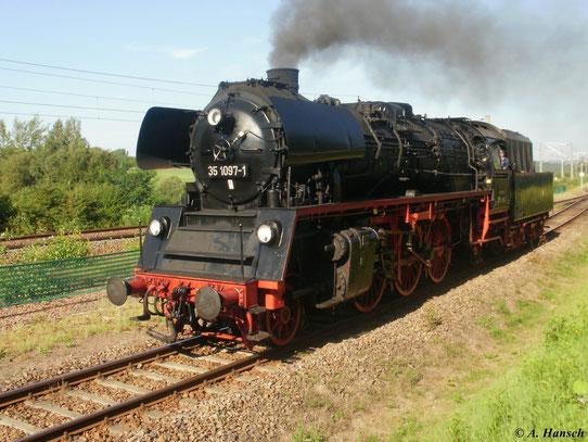 Am 21. August 2010 ist 35 1097-1 bei der Lokparade im SEM Chemnitz zu sehen