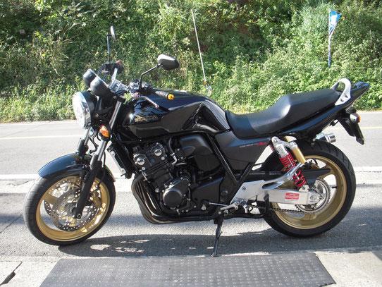 ホンダ CB400黒 中古23年式