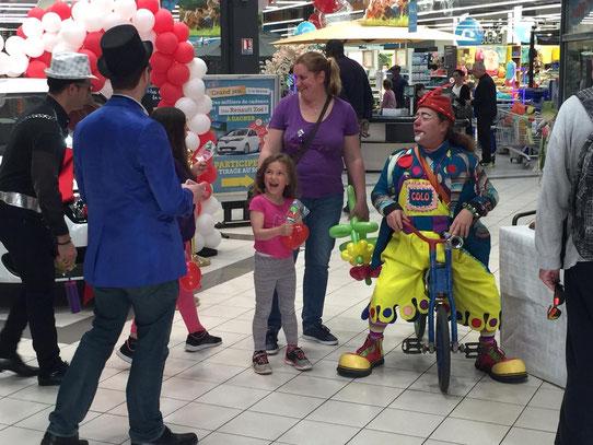magicien clown sculpteur ballons bar à bonbons ile de france