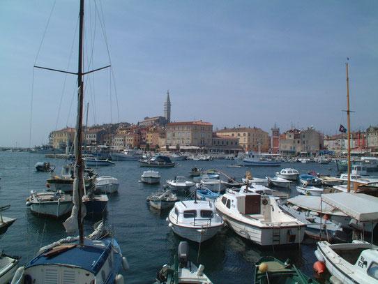 Het stadsbeeld van Rovinj, op een half uur varen van Vrsar, is één van de meest schilderachtige van de Adriatische kust.