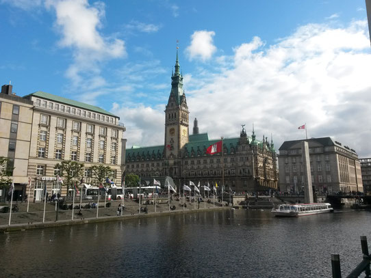 Uitzicht op de befaamde Rathausmarkt.