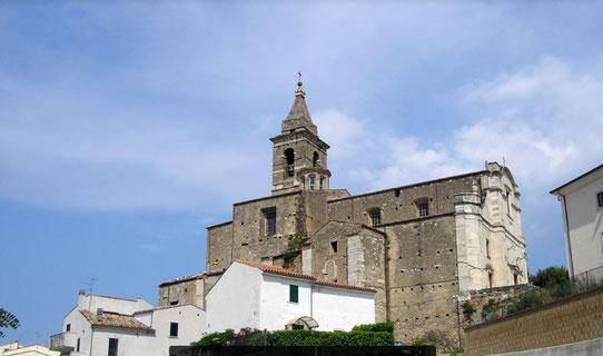 Chiesa di Sant'Eustachio vista dal basso