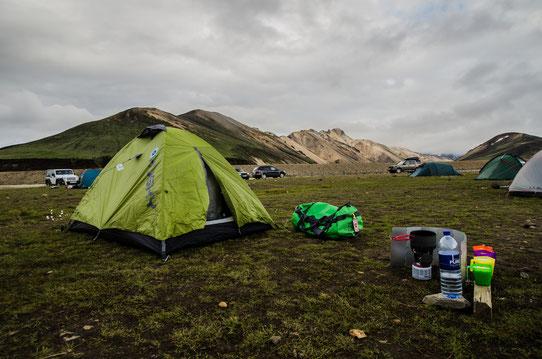 Le camping de Landmannalaugar! Certainement la plus belle vue du séjour !