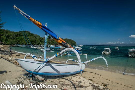 Au Blue Lagoon à Bali (côte Est de l'île).