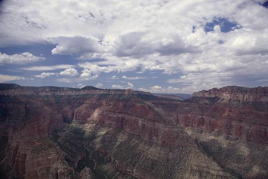 Grand Canyon - Vue hélicoptère / Source : Trip85.com