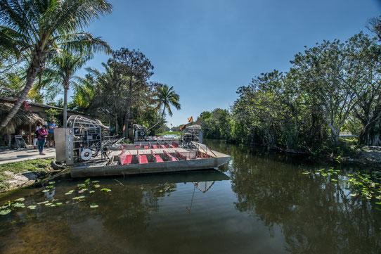 Prêt pour le départ en Aéroglisseur dans les Everglades !