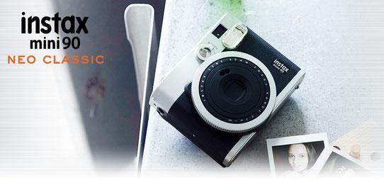 Fujifilm Instax Mini 90, look très rétro qu'on adore !