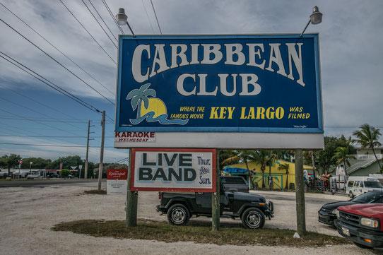 Boire un verre au Carribbean Club !