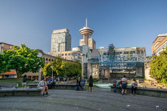 Guide Vancouver : Vancouver Lookout en forme de soucoupe volante