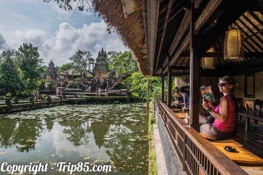 Dans un temple à Ubud !