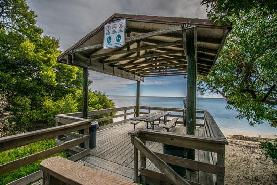 Un bel endroit pour pique-niquer en face de l'océan !