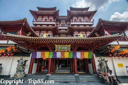 Le Buddha Tooth Relic Temple dans le Chinatown de Singapour