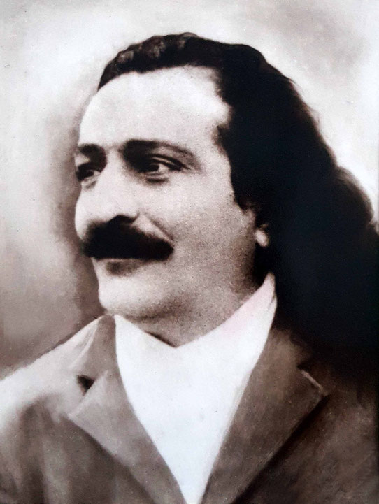 Meher Baba possibly in Ceylon - 1930s. Courtesy of the Karresch collection.