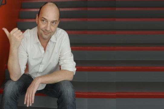 Eric Lange, animateur de l'émission Allo la planète !