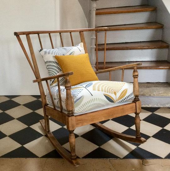 rocking-chair àa barreaux, rocking-chair Baumann, rocking-chair éventail, rocking-chair vintage