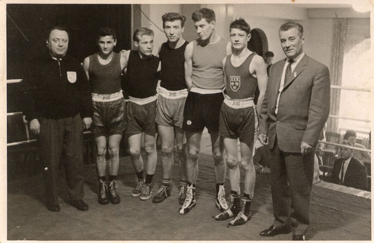 v.l.  ?, ?, Heinrich Sommer, Guido Glück,G.Gundolf, ?, Jugendwart Ferdi Röder