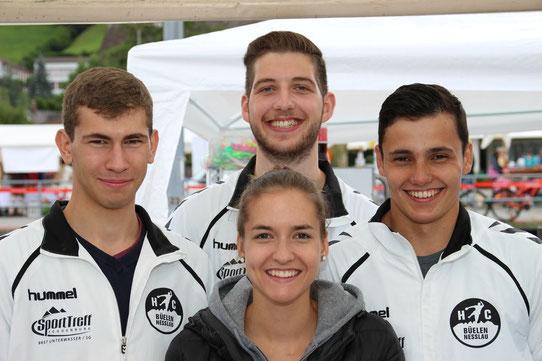 Das HCBN-Dorffescht Team Robin Näf, Chiara Gübeli, Marco Tschirky und Nico Bösch (v.l.n.r.)
