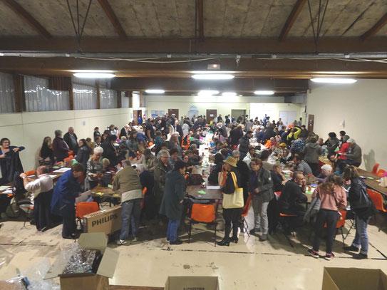 Une foule qui bouge ! avec le LOTO organisé par l'ACCOB à Oloron Sainte Marie, ce mois d'Octobre.