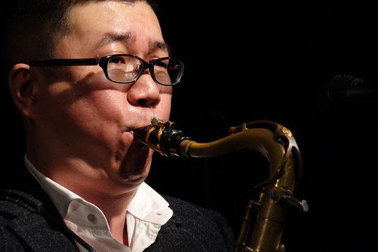 サックス(サクソフォン)専門音楽教室「鈴木サキソフォンスクール」のサイトへようこそ!
