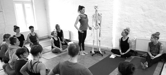 Ashtanga Yoga Workshop Praxis und Theorie