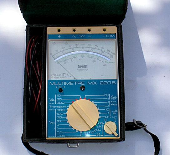 Metrix Frankreich - Multimeter Typ. MX 220 B