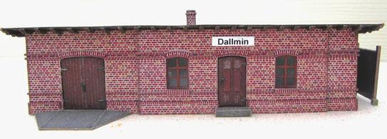 (c) W. Fehse - Stationsgebäude Dallmin