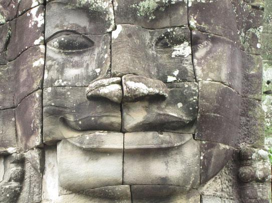 De monumentale Bodhi-Sattva´s met hun subtiele uit steen uitgehakte glimlach uit de Bayon tempel.