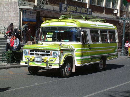 Deze prachtige lokale bussen waren werkelijk een verrijking van het straatbeeld. De één nog mooier dan de ander.