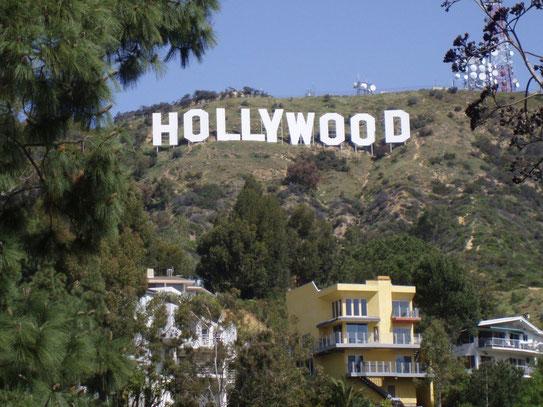 De stad van de televisie- en filmstudios prijkt haar naam hoog en groot in de Hollywood hills.