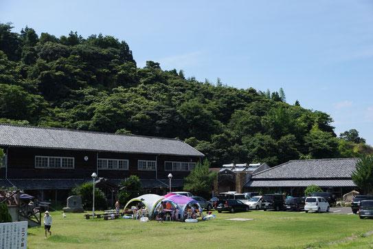 会場の大三島 ふるさと憩いの家