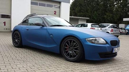 Bmw z4 foliert blau metallic matt